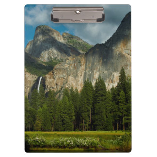 Dramatic View Of Yosemite Valley From The Gates Clipboard