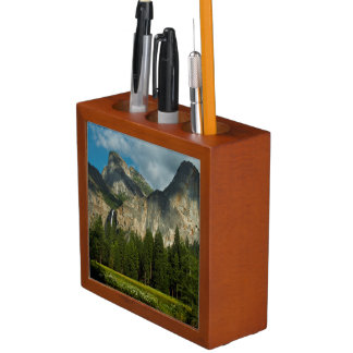 Dramatic View Of Yosemite Valley From The Gates Desk Organizer