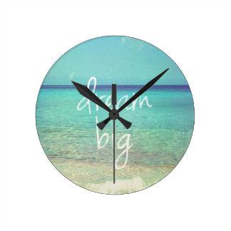 Dream big round wall clock