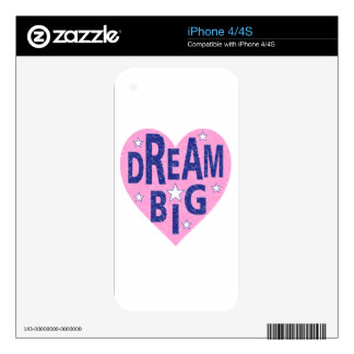 Dream big vintage heart skin for the iPhone 4