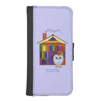 Dream Home – Library! iPhone 5 Wallet Cases