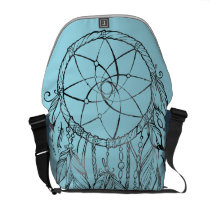 Dreamcatcher Medium Messenger Bag Outside Print
