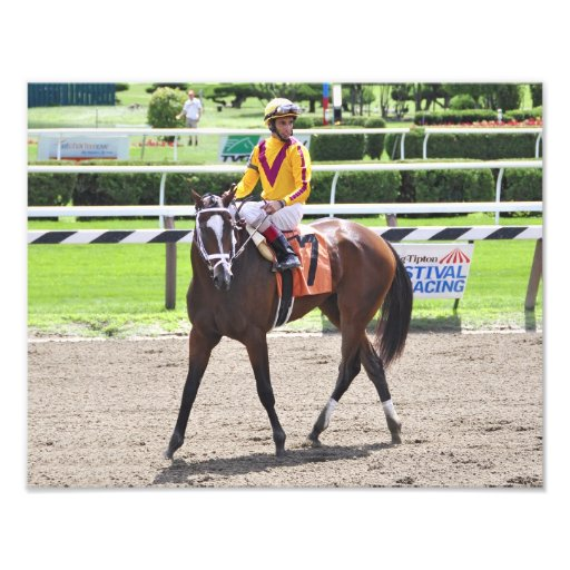 Dreaming of Julia victorious in her first race. Photograph