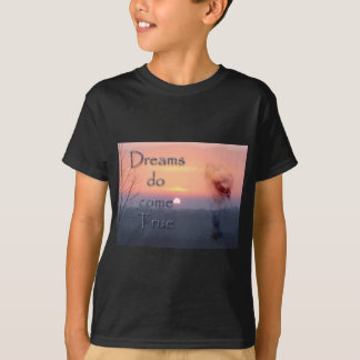 Dreams do come true Palomino horse and sunrise T-Shirt