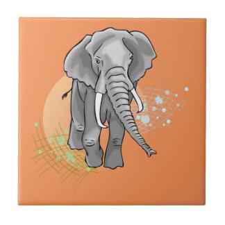 Drenaje que camina del elefante africano azulejo cuadrado pequeño