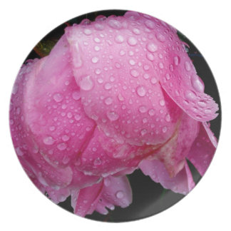 DRENCHED PEONY MELAMINE PLATE