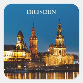 Dresden en la noche pegatina cuadrada