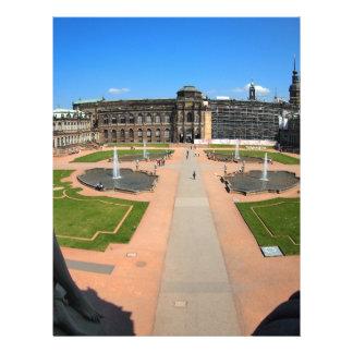 Dresden, opinión granangular de Zwinger Membrete A Diseño