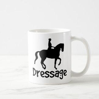 Dressage fresco del texto con el caballo de Piaffe Taza