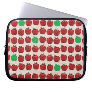 DRGA DELICIOUS RED GREEN APPLES FRUITS HEALTHY REA LAPTOP SLEEVE