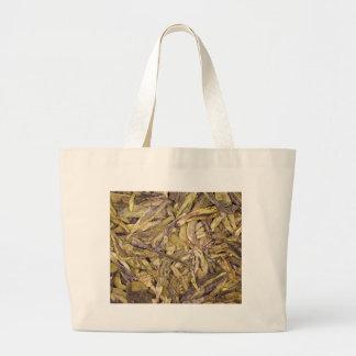 Dried tea leaves of Chinese green tea Bag