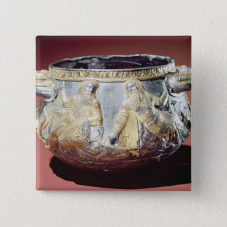 Drinking cup depicting Scythian soldiers Button