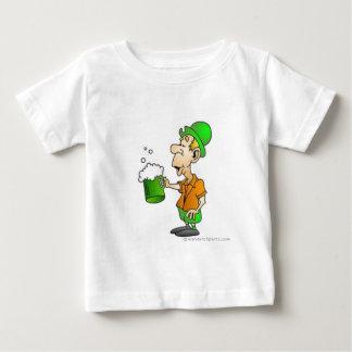 drinking st patricks design baby T-Shirt