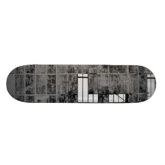 Drive in skateboard deck