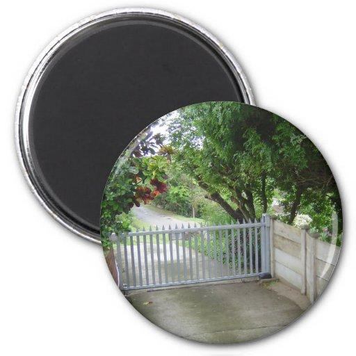 Driveway Gate Magnet