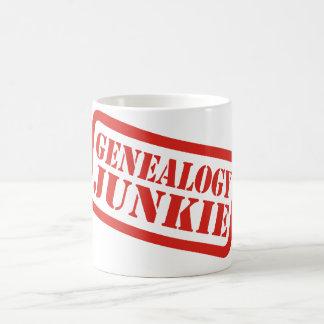 Drogadicto de la genealogía taza de café