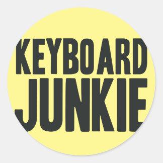 Drogadicto del teclado pegatina redonda
