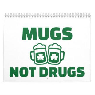 Drogas de las tazas no calendario