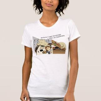 DroidrageAppleholic Light Colors Narrow Image T-Shirt