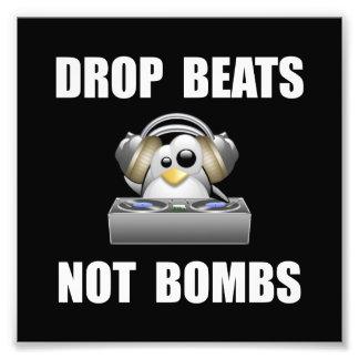 Drop Beats Photo Print