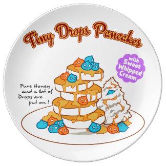 < Drop van cake >  Drops ON pancakes Dinner Plate