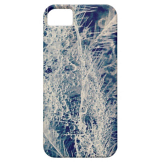 Droplets on Wings iPhone SE/5/5s Case