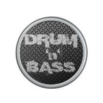 Drum and Bass Metallic Mesh Pattern Speaker