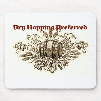 DRY HOPPING PREFERRED VINTAGE BEER KEG PRINT (SEPI MOUSE PAD