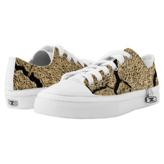 Dry land with cracked earth in drought Low-Top sneakers
