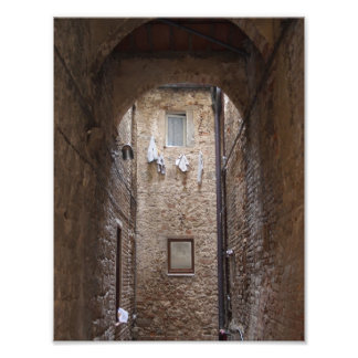Drying laundry in Tuscany photo print