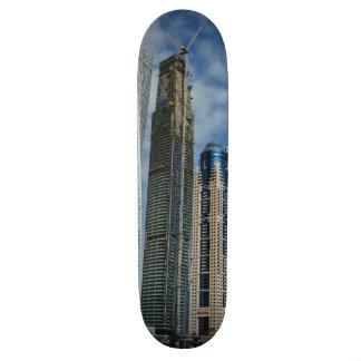 Dubai torció la torre patín