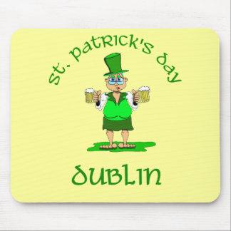 ~ Dublín del día del St Patricks Tapete De Ratones