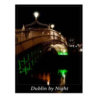 Dublín por noche tarjetas postales