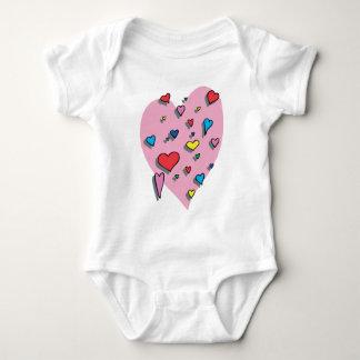 Ducha de corazones coloridos camisas