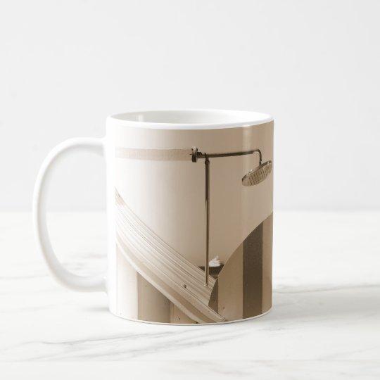Ducha de la playa taza de café