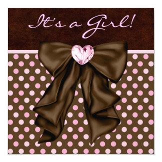 """Ducha elegante del rosa y de la niña de Brown Invitación 5.25"""" X 5.25"""""""