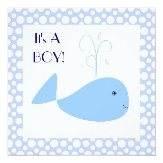 """Ducha linda del bebé de los lunares de la ballena invitación 5.25"""" x 5.25"""""""