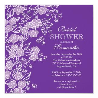"""Ducha nupcial bonita de las flores púrpura moderno invitación 5.25"""" x 5.25"""""""