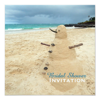 """Ducha nupcial de la playa del muñeco de nieve de invitación 5.25"""" x 5.25"""""""