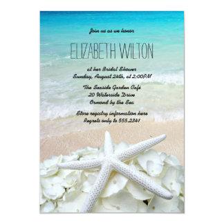 """Ducha nupcial de la playa floral de las estrellas invitación 5"""" x 7"""""""