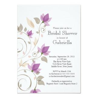 Ducha nupcial de la vid floral púrpura moderna invitación 12,7 x 17,8 cm