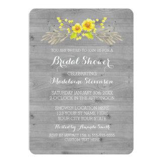 """Ducha nupcial de madera gris floral de la acuarela invitación 5"""" x 7"""""""