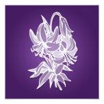 Ducha nupcial elegante del ramo púrpura del lirio invitación 13,3 cm x 13,3cm