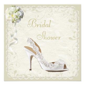 Ducha nupcial elegante del zapato y del ramo anuncios personalizados
