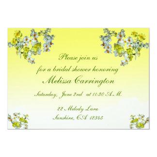 """Ducha nupcial floral amarilla invitación 5"""" x 7"""""""
