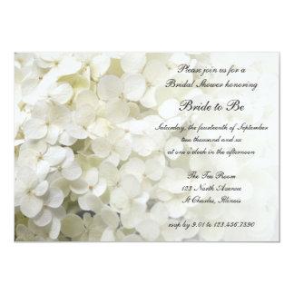 """Ducha nupcial floral del Hydrangea blanco Invitación 5"""" X 7"""""""
