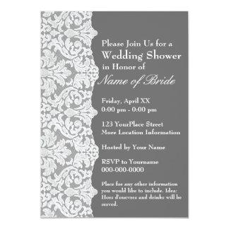 Ducha nupcial: Modelo y gris florales del cordón Invitación 12,7 X 17,8 Cm