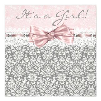 """Ducha rosada y gris del damasco gris rosado de la invitación 5.25"""" x 5.25"""""""