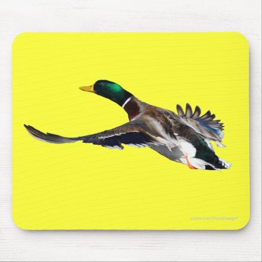duck in flight mousepads