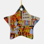 Ducky afortunado de los días del carnaval adorno de cerámica en forma de estrella